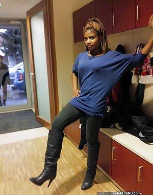 Ebony Legs Porn Pics